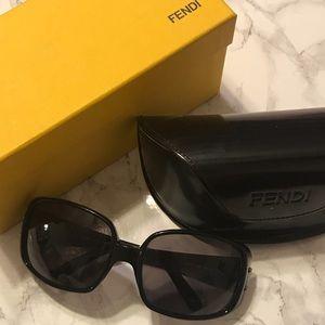 // fendi sunglasses //